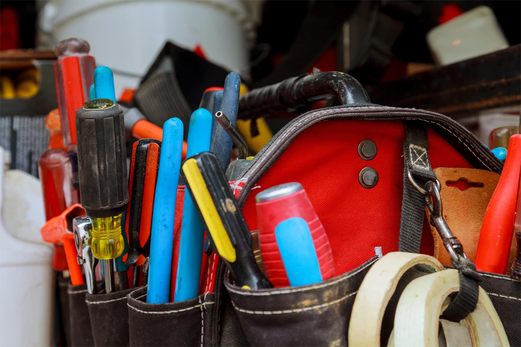 This is the cover photo for our Best Tool Bag article. It features a red tool bag full of tools.